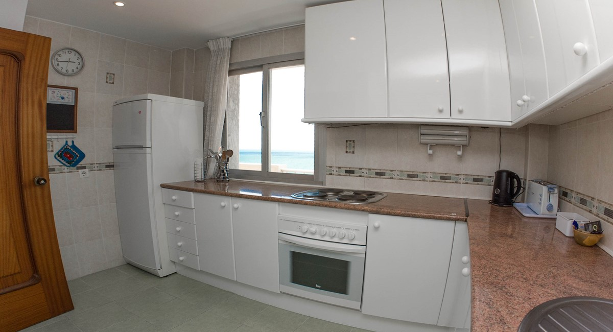 Fantastic sea views from corner apartment 2 bedroom 2 for Bathrooms fuengirola
