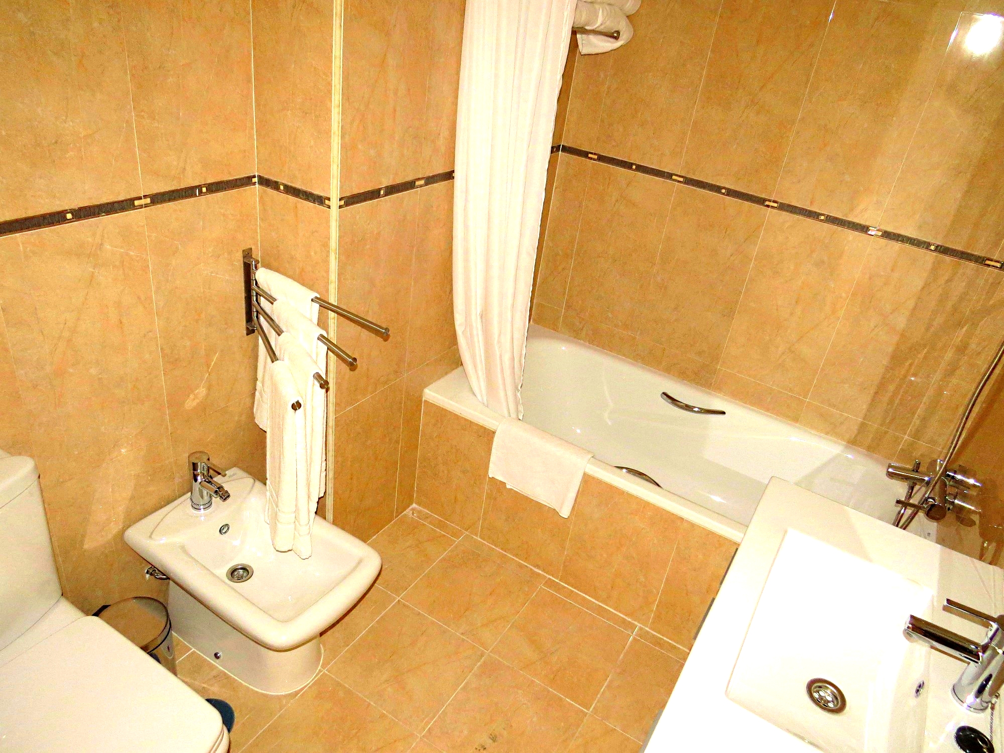 Ref404 vegasol beach for Bathroom showrooms costa del sol
