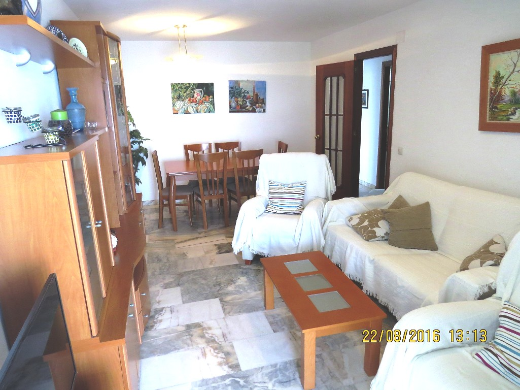 Nice 2 bedroom beachfront apartment for Nice cheap 1 bedroom apartments
