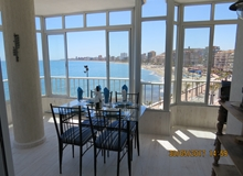 Seafront 2 Bedroom End apartment with stunning views and all day sun!