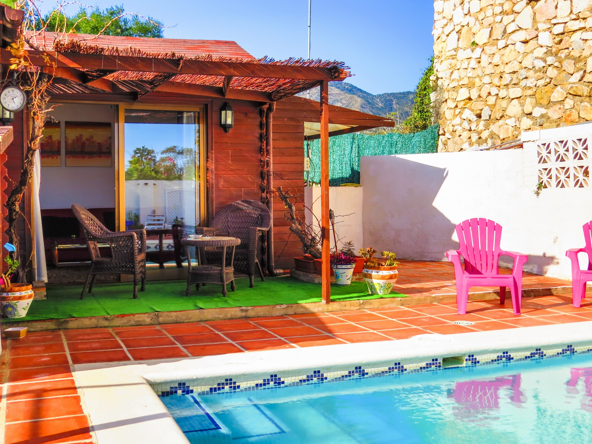 1 Bedroom Cabin With Private Swimming Pool