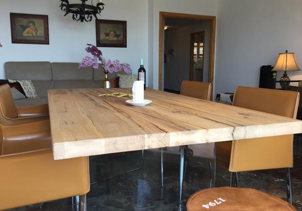 Dining Table 216 1